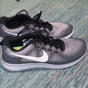 Men's Nike free gym shoes
